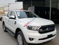 Bán xe Ford Ranger XLS MT đời 2020, màu trắng, nhập khẩu nguyên chiếc