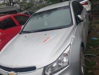 Cần bán gấp Chevrolet Cruze đời 2017, màu bạc
