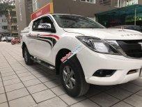 Bán Mazda BT 50 2.2MT sản xuất 2017, màu trắng, nhập khẩu nguyên chiếc số sàn, giá tốt