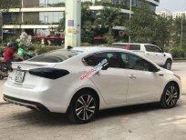 Bán xe Kia Cerato sản xuất năm 2018, màu trắng