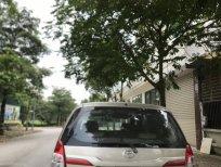 Cần bán gấp Toyota Innova E 2016, màu vàng