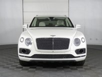 Bán ô tô Bentley Bentayga 3.0 Hybrid 2021, màu trắng, mới 100%