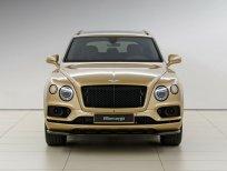Bán Bentley Bentayga 3.0 Hybrid 2021, màu vàng, xe nhập mới - Giá tốt nhất Hà Nội