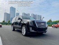 Cadillac Escalade ESV Platinum 2016 màu đen, đẹp như mới
