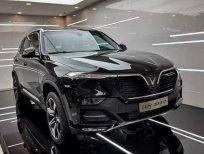 Bán ô tô VinFast LUX SA2.0 tiêu chuẩn năm 2021, màu đen