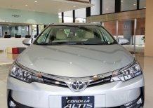 Bán Toyota Corolla altis 1.8G 2020, màu bạc, giao ngay, giá Tốt, KM hấp dẫn