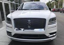 Cần bán Lincoln Navigator Balck Label L 2020 màu trắng, nhập khẩu chính hãng