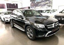 Cần bán gấp Mercedes GLC200 Đen 2019 chạy lướt giá tốt