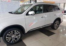 Bán Mitsubishi Outlander 2.0 CVT đời 2019, màu trắng