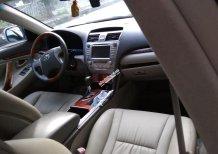 Bán xe Toyota Camry 2.4 chính chủ màu bạc