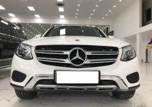 Bán Mercedes GLC250 4Matic sản xuất 2018 xe rất mới,