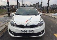 Cần bán Kia Rio năm 2015, màu trắng, xe nhập