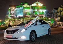 Cần bán lại xe Hyundai Sonata AT năm sản xuất 2013, màu trắng, xe nhập số tự động, 589 triệu