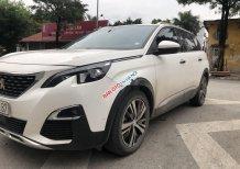 Xe Peugeot 5008 đời 2018, màu trắng chính chủ