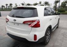 Cần bán gấp Kia Sorento năm 2014, màu trắng, giá 628tr