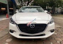 Cần bán lại xe Mazda 3 đời 2018, màu trắng, giá 630tr