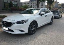 Bán Mazda 6 màu trắng nội thất đen, xe gia đình đi ít còn đẹp