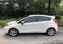 Cần bán xe Ford Fiesta S 1.6 AT 2013, màu trắng, giá chỉ 320 triệu