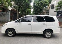 Cần bán xe Toyota Innova 2.0J đời 2010, màu trắng