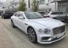 Bentley Continental Flying Spur V8 2021, màu trắng, full kịch đồ, giá cực tốt