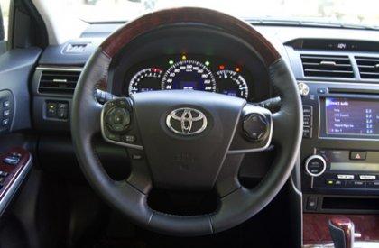 Bán Toyota Camry 2015, màu đen, chính chủ