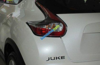 Bán xe Nissan Juke 1.6L năm 2015, màu trắng, nhập khẩu nguyên chiếc