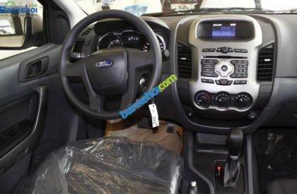 Bán ô tô Ford Ranger XLS AT năm 2015, màu bạc, xe nhập