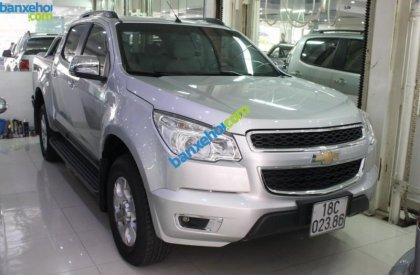 Cần bán Chevrolet Colorado LTZ 2.8 đời 2013, màu bạc số sàn, 630 triệu