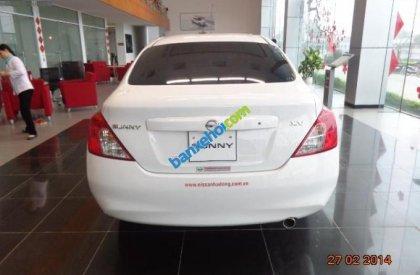 Cần bán Nissan Sunny XV đời 2015, màu trắng