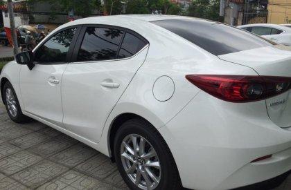Mazda 3 1.5 đời 2016, màu trắng