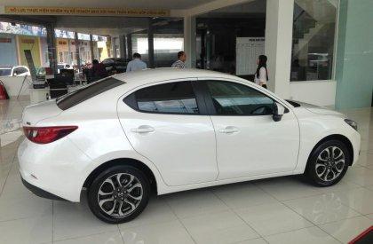 Mazda 2 Sedan đời 2016, màu trắng, nhập khẩu chính hãng, giá 590Tr