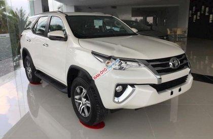 Cần bán xe Toyota Fortuner 2.4AT 2019, màu trắng