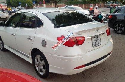 Bán Hyundai Avante 1.6 AT năm sản xuất 2014, màu trắng số tự động, 458tr