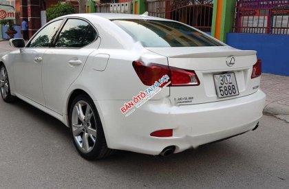 Cần bán lại xe Lexus IS 250 sx 2009, màu trắng, nhập khẩu nguyên chiếc số tự động, giá 869tr