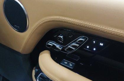Bán Range Rover Autobiography LWB 2.0 P400E,model và đăng ký 2019,xe siêu lướt.