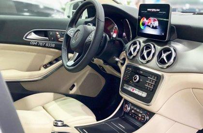Mercedes GLA200 2020 nhập khẩu màu Trắng Siêu lướt chính chủ biển đẹp Giá cực tốt