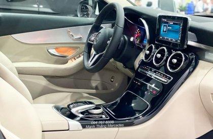 Bán xe Mercedes C180 AMG sx2021 màu Trắng nt Kem Siêu lướt cực mới, Biển đẹp, chạy đúng 3000km giá cực tốt