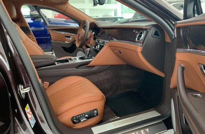 Bán Bentley Flying Spur First Edition One 4.0, sản xuất 2021, mới 100%, xe có sẵn giao ngay